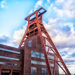 Zollverein (einervonneruhr) Tags: heritage germany square essen olympus 11 mining zollverein zeche omd 1x1 weltkulturerbe quadratisch 17mm em5 mzuiko