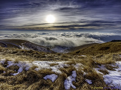 Sunset over the Clouds in winter season (www.danbos.it) Tags: winter sunset season landscape