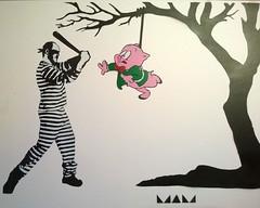 Gresa Piata (MAM Helsinki City) Tags: streetart art suomi pig helsinki stencil cartoon banksy streetphoto stencilart warnerbros waltdisney piata notbanksy dolk katutaide handcut mamhelsinki