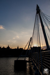 Golden Jubilee Bridges (andrea.prave) Tags: uk bridge sunset england london thames atardecer zonsondergang tramonto sonnenuntergang londonbynight prdosol londres londra  embankment solnedgang inghilterra tamigi solnedgng puestadelsol   coucherdusoleil    goldenjubileebridges