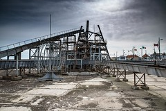 Tourist Attraction (John Pettigrew) Tags: sky urban clouds nikon decay great tourist d750 yarmouth grime seafront tamron attraction 2470mm grot