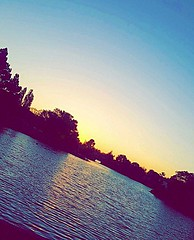 A dream and a camera #pictureholic #new #youngphotographer #meandmycamera #followme #lake (miyaprince) Tags: new followme meandmycamera youngphotographer pictureholic