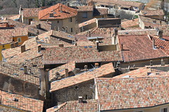 Rooftops (Moustiers) (dfromonteil) Tags: color soleil town village rooftops sunny toits