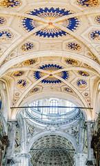volta Duomo Di Como (antoniosimula) Tags: camera como church abbey 35mm raw chiesa panoramica duomo nikond3200 anticando