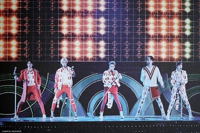 160421 SHINee @ Photobook SHINee World Concert IV 26638278761_07d64c09e7_z