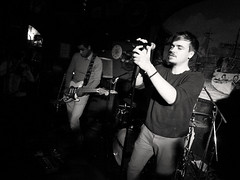 Silence Radio -16- (Jean-Michel Baudry) Tags: music public festival eos live et morbihan blanc 56 baudry canoncanon photographie2016le galionlorientnbbwnoir 50dsilence radiojeanmichel baudrycjeanmichel