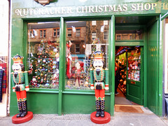 The Nut Cracker Christmas Shop, Edinburgh Christmas (photphobia) Tags: christmas city uk decorations green shop toys lights scotland edinburgh royal ivy holly tinsel royalmile shops nutcracker shopwindows baubles 2015 christmasshop oldwivestale thenutcrackerchristmasshop edinburghlights