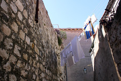 Narrow streets of Dubrovnik Old Town (_Sylvian) Tags: street city architecture town croatia laundry walls oldtown dubrovnik