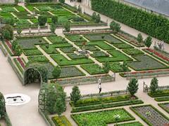 2009 08 03 Francia - Centro - Villandry - Castelli della Loira - Giardini_1989 (Kapo Konga) Tags: parco centre francia castello villandry giardino aiuola castellidellaloira