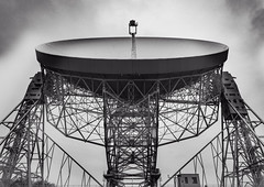beastie. (Stewart485) Tags: england technology places things science jodrellbank impression mechanism radiotelescope evocative vaguelyarty