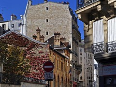 Street Scene, Latin Quarter (AntyDiluvian) Tags: street trip paris france architecture streetscene rue parisian latinquarter 2015 ruedelepeedebois