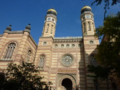 Shabbath shalom !  /  Synagogue in Budapest, Hungary (Frans.Sellies) Tags: hungary budapest synagogue synagoge p1120053