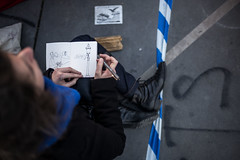 "8me nuit d'occupation de la Place de la Rpublique par le collectif ""Nuit debout"" - Paris, 7 avril 2016 (ND_Paris) Tags: paris france dessin jeunesse revolution greve liberte fra manif manifestation lampadaire croquis occupation jeune carnet esquisse occupy revolte nuitdebout"
