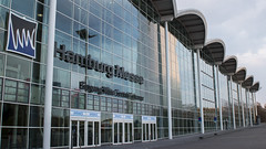 Eingang Mitte (hanz11hanz) Tags: city modern germany deutschland cityscape hamburg entrance exhibition conventioncenter hh messe citycenter hansestadt