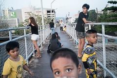 * (Sakulchai Sikitikul) Tags: street leica yellow 35mm thailand sony streetphotography snap summicron songkhla hatyai a7s