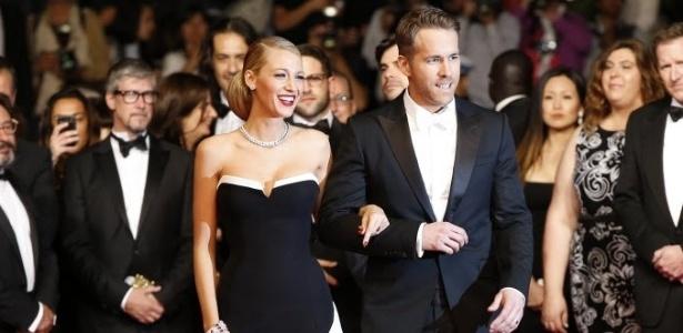 Blake Lively e Ryan Reynolds esperam segundo filho, diz revista