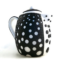 Bubble teapot (higirlsdesigns) Tags: white black mod teapot polymer pcagoe