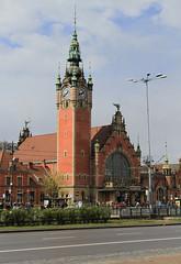 Gdask Gwny Railway Station (Wild Chroma) Tags: tower station train poland railway gdansk gdask gwny gdaskgwny