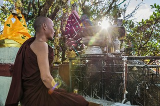 pagode de kyaiktiyo - rocher d-or - myanmar 8