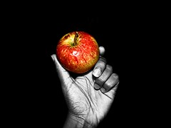Hard (roberta_souza91) Tags: red black apple fruit dark holding hand hard vermelho fruta colored mo canonpowershot ma hardlight