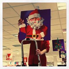 Bij de HEMA vervangen ze de... (Marcel van Gunst) Tags: sinterklaas hema hengelo kerstman uploaded:by=flickstagram instagram:venuename=hema instagram:venue=36804484 instagram:photo=113341058640338715155328948