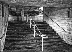 South Bank Concrete (f0rbe5) Tags: uk bw building london monochrome architecture stairs concrete nt steps style stairwell southbank unfinished walls grime architects railings imprint brutalist nationaltheatre listedbuilding aesthetic formwork brutalistarchitecture lasdun gradeii 2013 royalnationaltheatre sirdenyslasdun btonbrut structuralengineers softley architecturalconcrete flintneill nationaltheatreofgreatbritain brokenforms petersoftley roughlyfinished