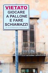Divieto d'infanzia (Simenza) Tags: urbanart sicily sicilia bagheria