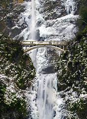 Frozen Falls (Darrell Wyatt) Tags: bridge winter snow ice oregon waterfall multnomahfalls