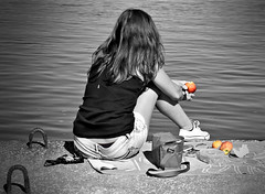 Thinking about you (Behappyaveiro) Tags: sea blackandwhite bw woman apple water river hair lunch seaside manzana eating sneakers shore thinking apples shorts blacktshirt contemplating sunnyday pomme digitalmanipulation ma observing thinkingofyou thinkingaboutyou