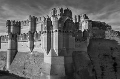 Castillo Coca Vista sureste (MyGuinness) Tags: castles segovia middle coca ages castillo palaces cottages mudejar statelyhomes manorhouses