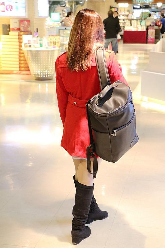 韓國肩背包皮革掀蓋機能收納【KR601】37