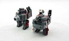 Mk.1 vs Mk.3x (Deltassius) Tags: mobile robot war tank lego space military walker frame zero mecha mech wanzer twank tweepunk mfz mf0