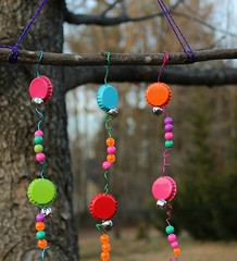 DIY Bottle Caps Wind Chimes (Recycled-Things) Tags: windchimes upcycledwindchimes windchimecrafts windchimeprojects