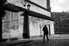 Passing by (michael.mu) Tags: leica blackandwhite bw monochrome 35mm streetphotography warsaw oldtown warszawa staremiasto m240 leicasummicron35mmf20asph silverefexpro leicasummicronm1235mmasph