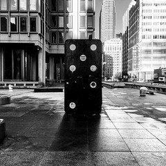 philadelphia #philly #visitphilly #phillygram #phillyscape #igers... (someguyinphilly) Tags: sculpture art philadelphia centercity dominos rushhour philly publicart morningcommute igers visitphilly phillyscape igersphilly uploaded:by=flickstagram phillygram instagram:venuename=thomaspaineplaza2cphiladelphia instagram:venue=244409763 instagram:photo=1183426782608852269186691376