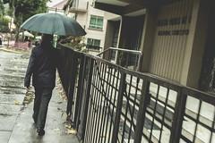 IMG_7808 (oscar pinto fotografa) Tags: street rain calle lluvia concepcion paraguas mojado