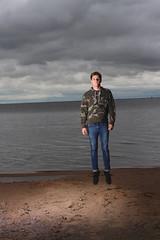 float on (earthoneco) Tags: lake levitate