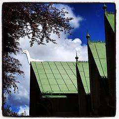 Villa Sjötorp #villasjötorp #sweden #sverige #dragestil... (Anders SB) Tags: roof green architecture hotel sweden bluesky sverige arkitektur trehus ljungskile lyckorna dragestil sveitserstil uploaded:by=flickstagram snickargl byggogbevar bygnadsv villasj instagram:photo=994784358270071147202339955 blodb