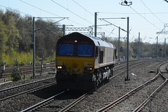 "English Welsh & Scottish Railways Liveried Class 66/0, 66140 (37190 ""Dalzell"") Tags: gm shed northwestern revised wigan generalmotors class66 dbc ews maroongold 66140 class660 englishwelshscottishrailways dbcargorail"