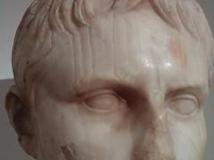 Stone Youth (failing_angel) Tags: usa newyork manhattan 5thavenue augustus stonehead metropolitanmuseumofart gaiuscaesar 290515 julioclaudianyouth
