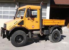 MB Unimog U130 (Vehicle Tim) Tags: orange truck mercedes kipper mb unimog lkw laster komunal