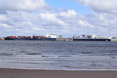 Atlantic Star & Conveyor (Gareth Garbutt) Tags: acl rivermersey atlanticstar atlanticcontainerline atlanticconveyor