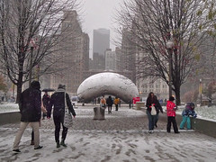 Cloud Gate (fractalv) Tags: snow chicago illinois millenniumpark cloudgate