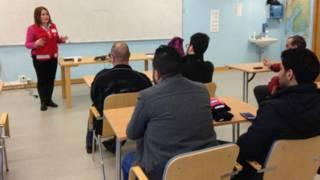 国际纵横:教育移民适应西方社会