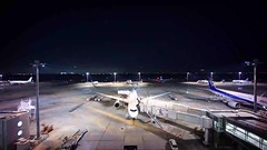 HANEDA AIRPORT at night (ksnyan_1975) Tags: night airplane timelapse airport sony cosina wide 15 super alpha voightlander 15mm a7 haneda swh heliar vm superwideheliar alpha7 7 sonya7 a7m2 ilce7m2 7