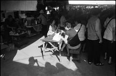 Sidcor Sunday Market (je245) Tags: kodak philippines diafine sundaymarket quezoncity canonp tx400 sidcor canon35mmf20ltm