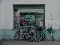 Por el pago de Areco (Adri T fotografas) Tags: verde green pueblo local bicicletas vidrio comercio negocio sanantoniodeareco pueblodebuenosaires