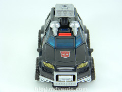 Transformers Trailbreaker Deluxe - Generations Takara - modo alterno (mdverde) Tags: deluxe transformers generations takara autobots trailbreaker trailcutter