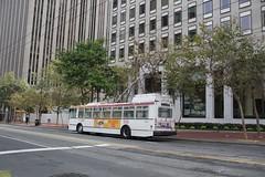 2001-2003 ETI 14TrSF #5551 (busdude) Tags: bus electric san francisco trolley railway muni municipal trolleybus skoda eti trolleycoach 14trsf