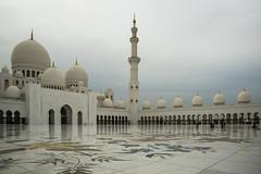 Grande Moschea Sheikh Zayed (Renato Pizzutti) Tags: decorazioni pavimento emirati marmo mosaici cupole cortileinterno archiinarchitettura nikond750 renatopizzutti grandemoscheasheikhzayed